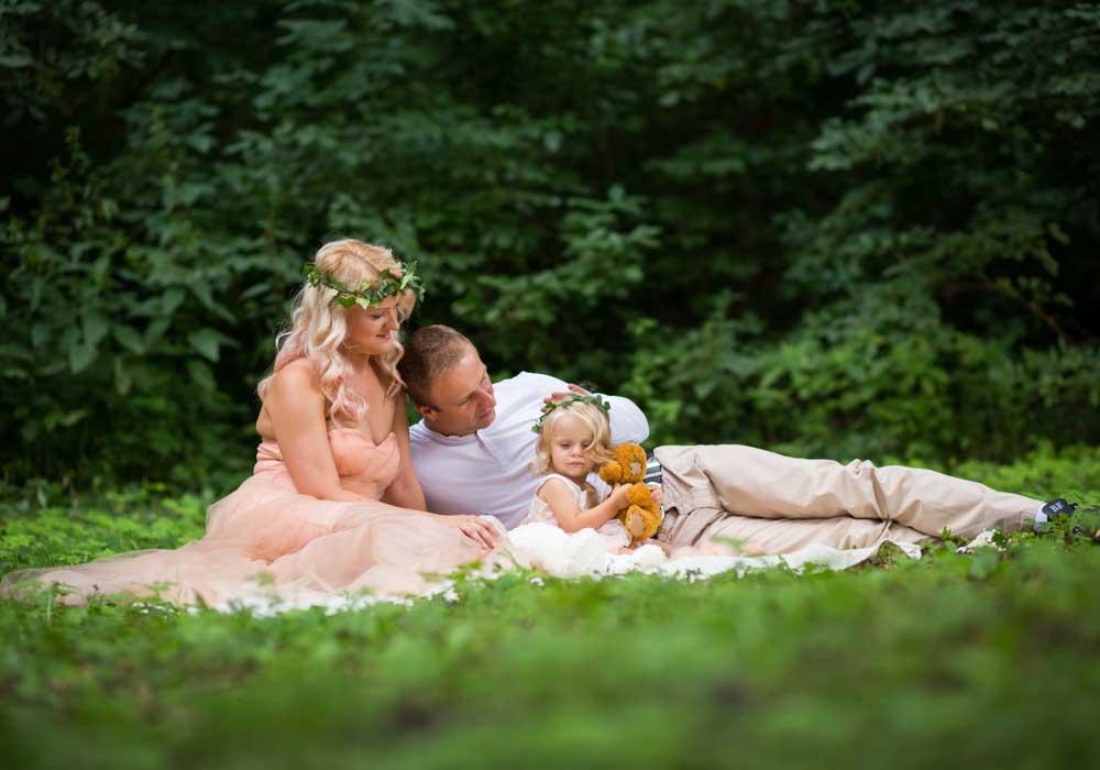 zdjęcia rodzinne w plenerze sesja rodzinna