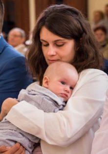fotograf na chrzest, zdjęcia z chrztu szczecin, fotograf chrzciny