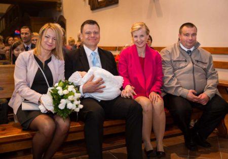 fotografia chrzest szczecin, reportaż z chrztu sesja chrzciny,