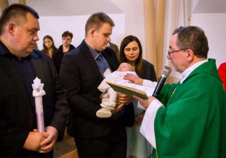 chrzest zdjęcia, fotograf na chrzest, szczecin