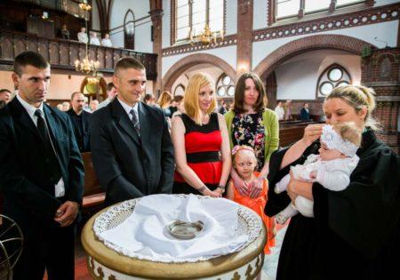 chrzciny zdjęcia, chrzest zdjęcia, chrzest fotograf, zdjęcia ze chrztu szczecin