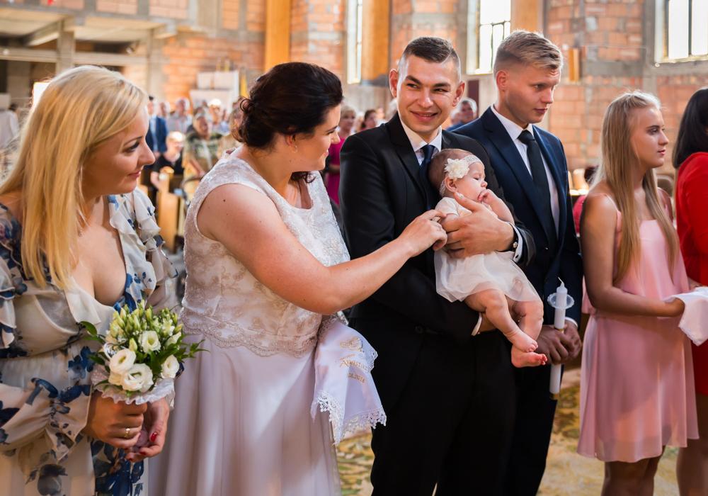 fotograf szczecin na chrzest zdjęcia z chrztu
